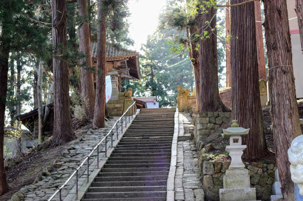 熊野大社の参道